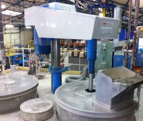Melange-Rousselle-Industrie-cuve disperseur sur plateforme